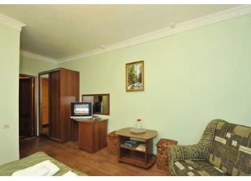 Полулюкс 2-местный (Основной корпус) | Отель «Кристалл» Домбай