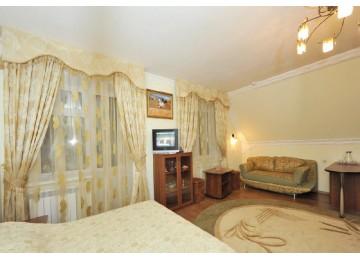 Люкс 2-местный 1-комнатный (Основной корпус) | Отель «Кристалл» Домбай