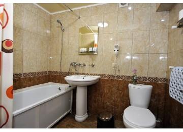 Стандарт улучшенный 2-местный (Малый корпус) | Отель «Кристалл» Домбай