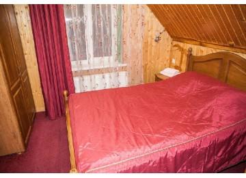 Полулюкс 2-местный 2-комнатный (Малый корпус)| Отель «Кристалл» Домбай