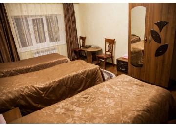 Стандарт 3-местный (Малый корпус) | Отель «Кристалл»| Номера и Цены